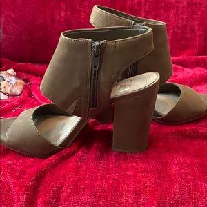 Block high heels